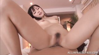 Racy girlie Yuu Asakura likes riding dude